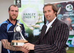 John Mooney receives trophy from Clive Gilmore